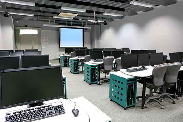 メディア演習室4